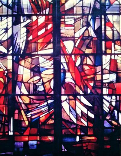 Vitraux chapelle St Pierre de Chanel Lyon